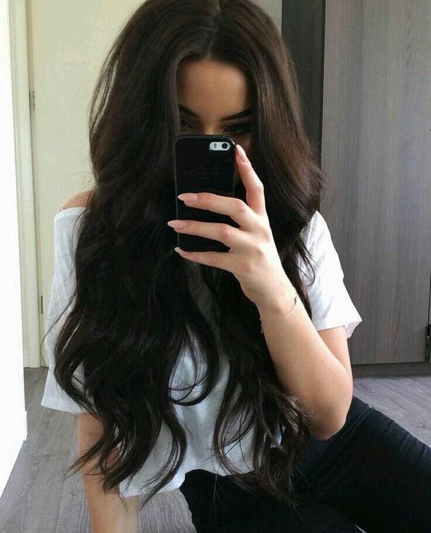 домашние фото девушек с черными волосами