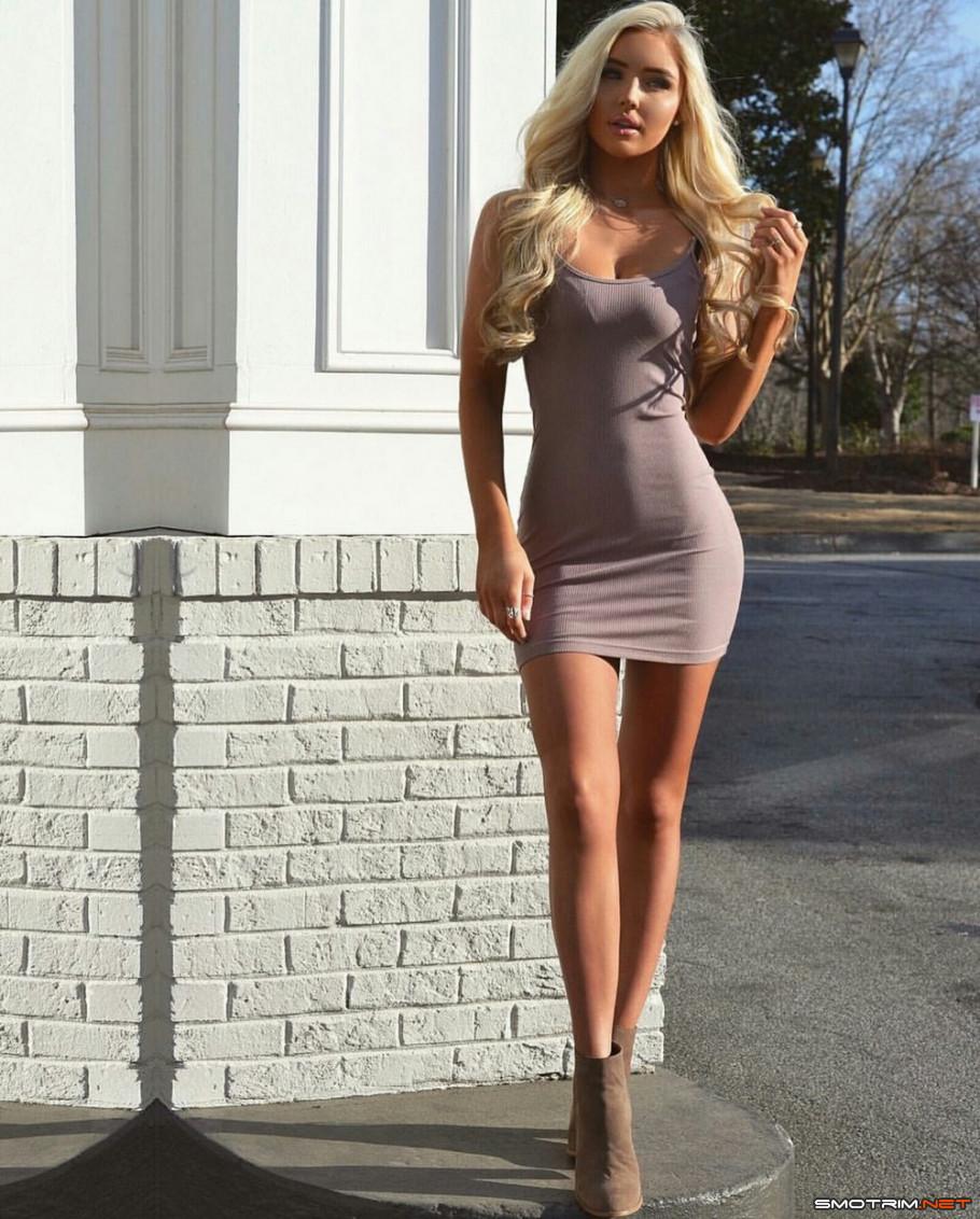 отношений эротические фото девушек в облегающей одежде девки очень
