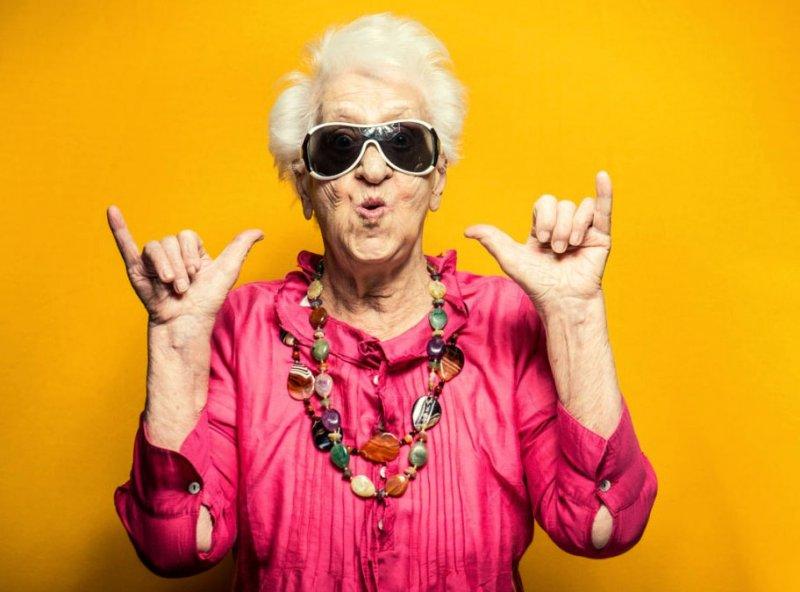 Картинка бабушка прикольная, картинки поздравление любимого