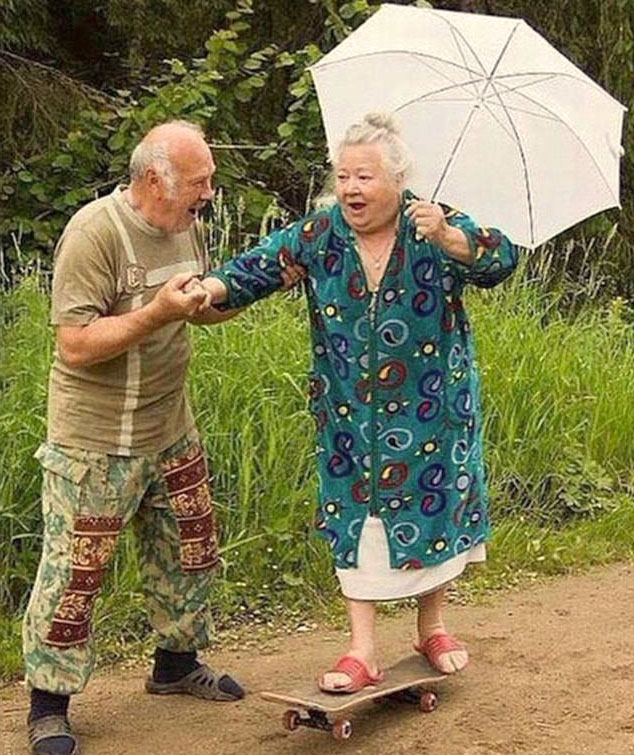 Смешные картинки с бабушками двумя, девушка