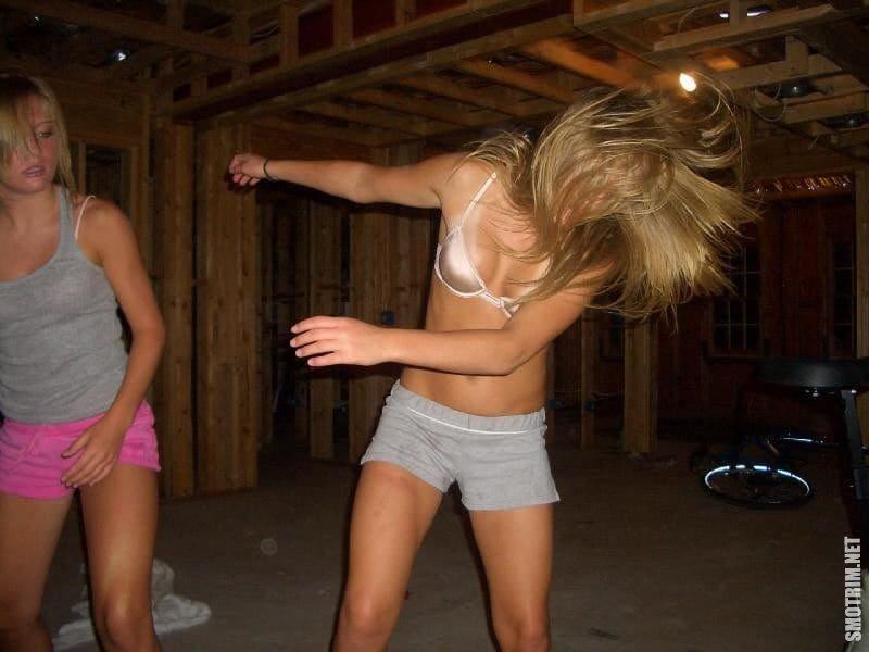 Смешные картинки пьяных девушек