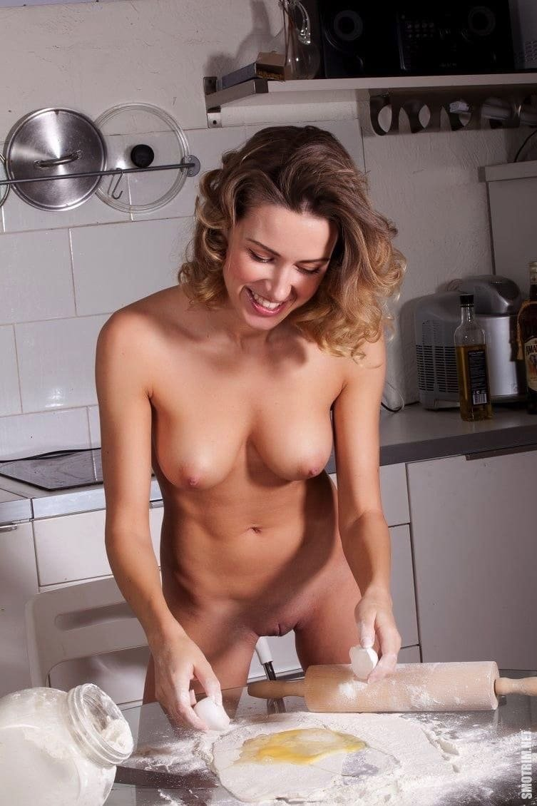 Hot girl cooking penis, film porno joumana